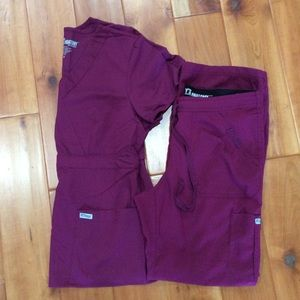 Greys Anatomy scrubs maroon set